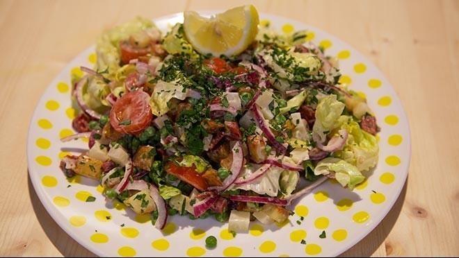 Spaanse aardappelsalade - De Makkelijke Maaltijd | 24Kitchen