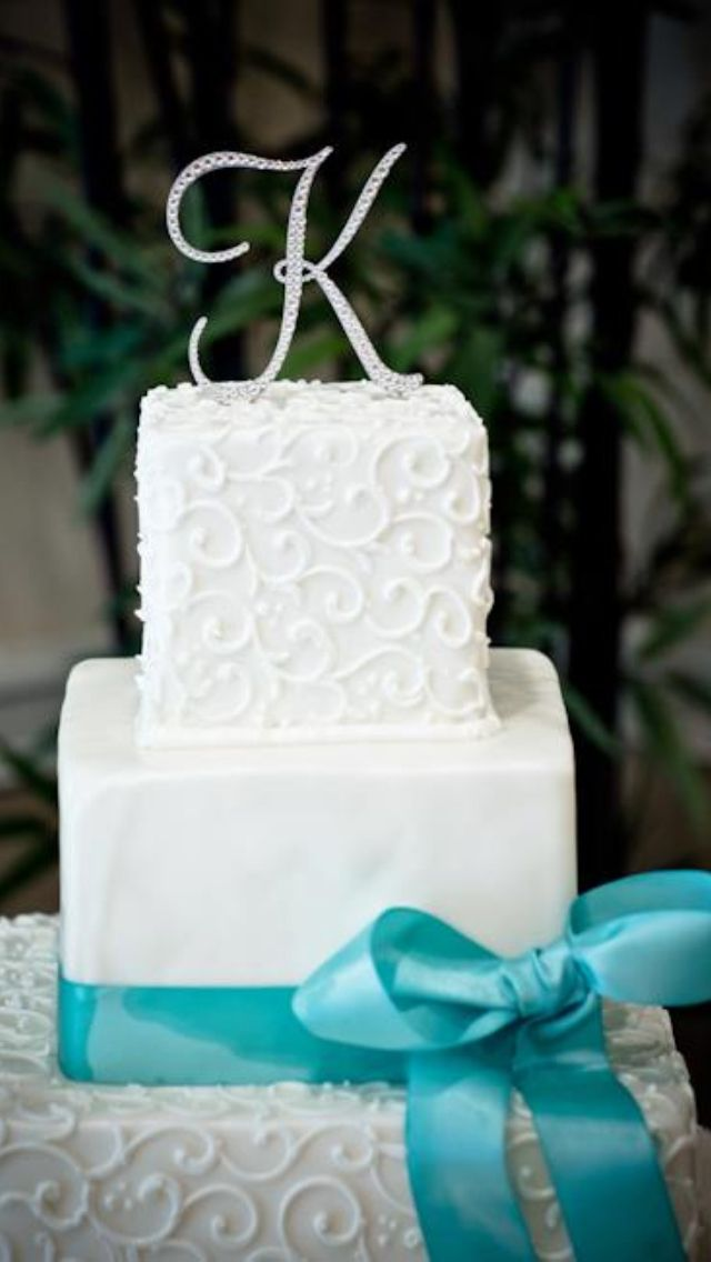 Tiffany Blue Wedding Cake... only not a letter on top?