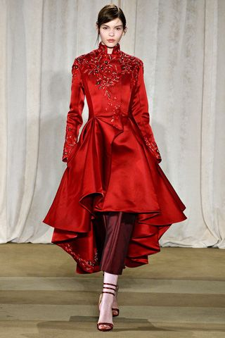 Style Hunter Evening Pants Marchesa 39 S Scarlet Equestrian Coat And Matador Trousers Lady In