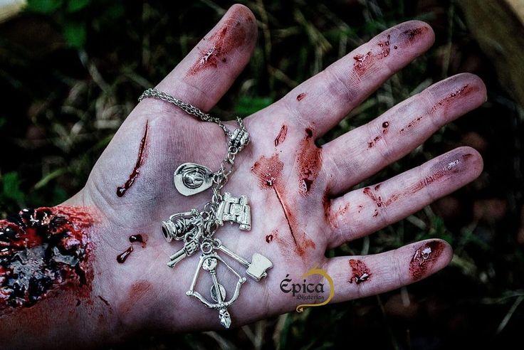 Esteja preparado para o Apocalipse Zumbi com o Colar The Walking Dead!