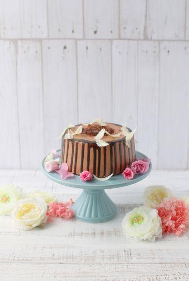 チョコレートドリップシフォンケーキ by vivian   cotta