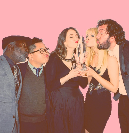 2 Broke Girls's casts