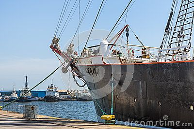 Anchored Tall Ship Keel - Download From Over 24 Million High Quality Stock Photos, Images, Vectors. Sign up for FREE today. Image: 41275496