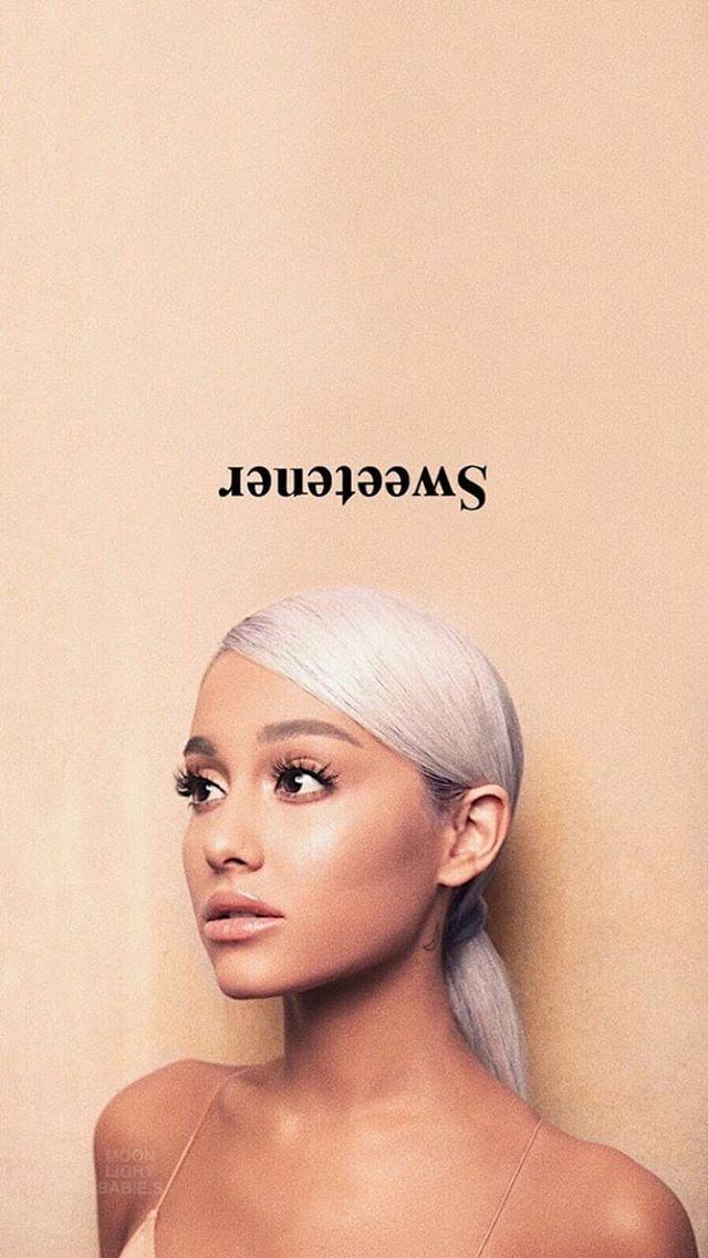 Follow Thepinplug Ariana Grande Fotos Cantores Melhores