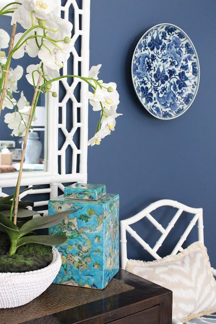 GEORGICA POND INTERIORS - our home, blue and white decorating, Hamptons, coastal chic, chinoiserie, chippendale chairs