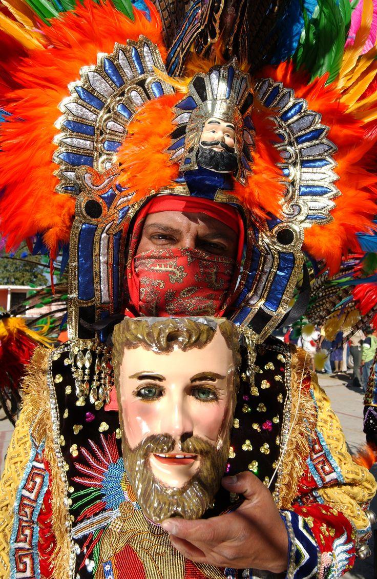 Huehue de Carnaval. San Martín Xaltocan, Tlaxcala.