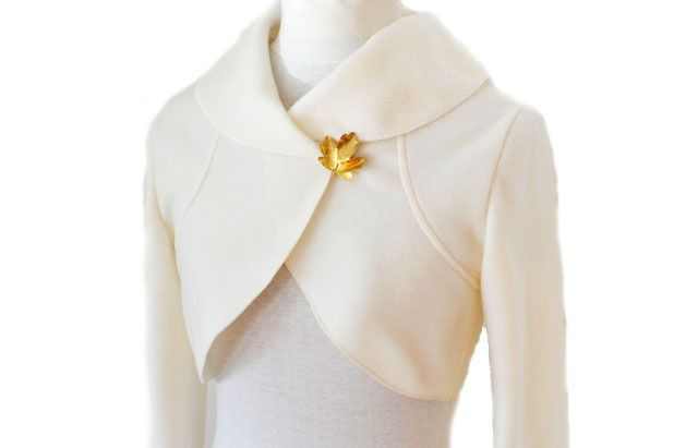 Fleece Braut Bolerojacke,Creme Gr.XS-L von Rosenrot Modedesign  auf DaWanda.com