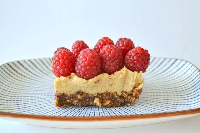 Coconut raspberry slice #raw #glutenfree #grainfree #dairyfree #sugarfree #vegan