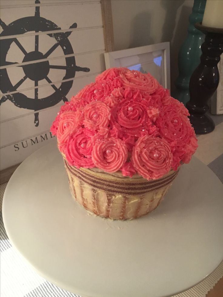 Giant cupcake roses in a basket