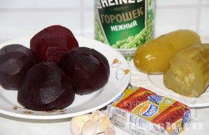 Салат из свеклы с горошком и сыром Настенька, salaty iz ovoshhej i gribov salaty
