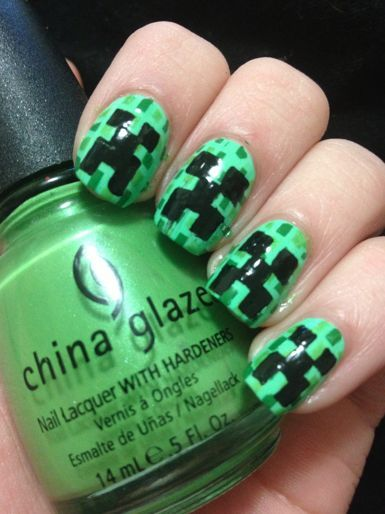 Epic Nail Time: Minecraft Creeper Nail Art & Tutorial! :D Like this.