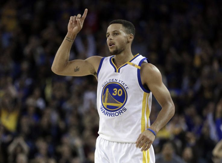 The Skip Pass: Steph Curry bails out a blah night = The Skip Pass will be your home on Today's Fastbreak for insights and nuggets on each game played in the NBA. This is different from your regular game recap or box score. We want to take you inside the game and call out things you might have missed.....
