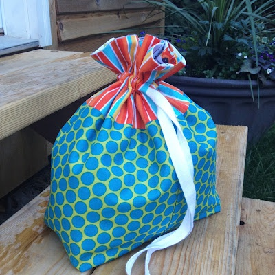 Lined drawstring bag.  Pattern by @Jeni Baker.  Easy summer sewing with kids!