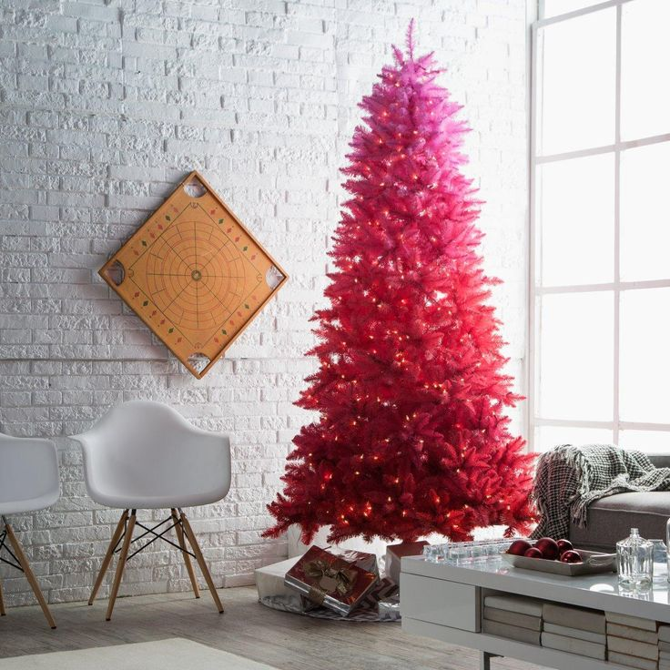 Vintage red ombre pre-lit Christmas tree.