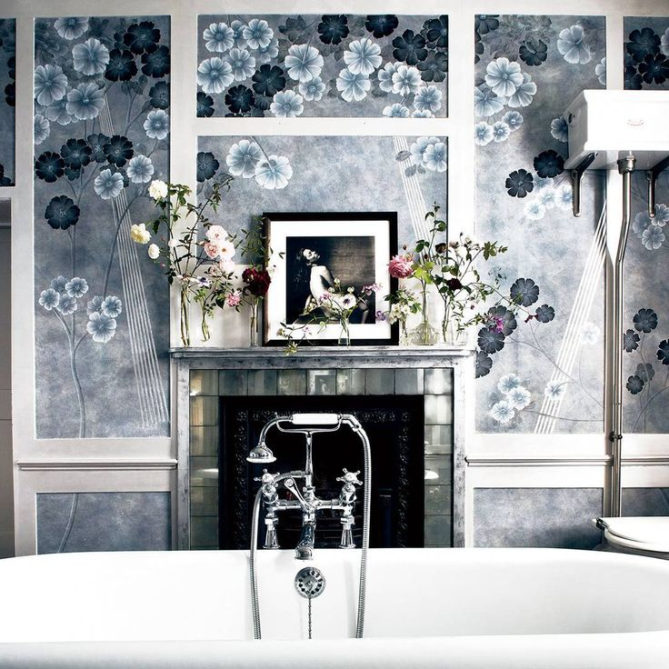 A collaboration with English wallpaper house de