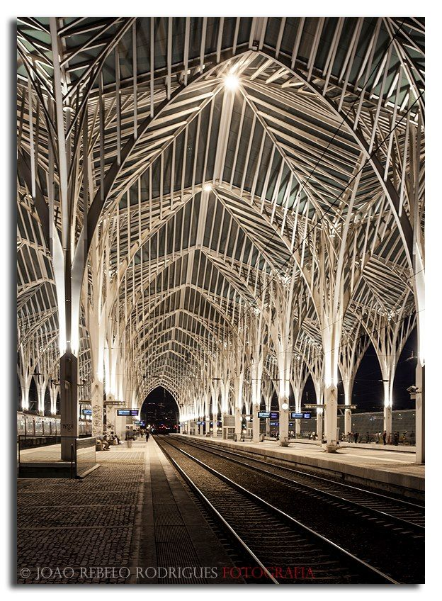 Gare do Oriente train / subway station, Lisbon