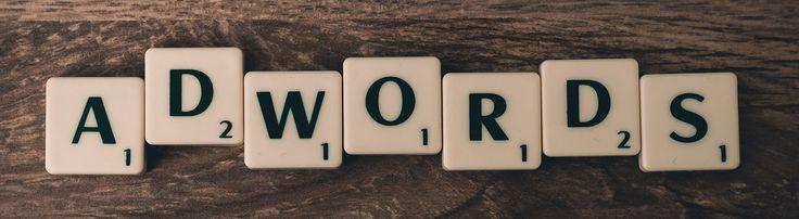 AdWords es un servicio que te permite crear avisos publicitarios de tu negocio en Google y en su red de anuncios.  Los anuncios los creas tú, eligiendo las palabras clave relacionadas con tu negocio. Cuando la gente hace una búsqueda utili...