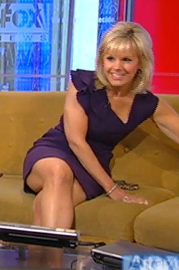 Gretchen Carlson Hot Thigh   Gretchen Carlson: Legs