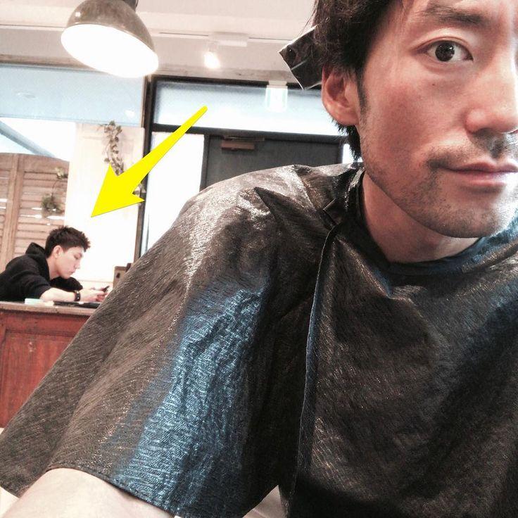 撮影終わり今日はアシスタントもいたのでカラーを塗ってもらうたまには自分の髪の毛 #今日はジムニーランドもいかない日 #笑 #チートデイ