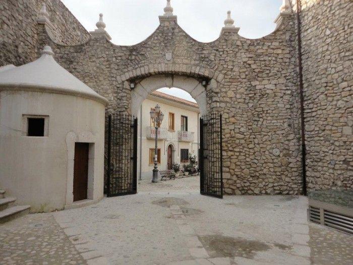 Taurasi (Av) – Il comune apre le porte del castello