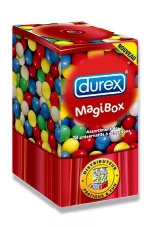 Découvrez la Magibox de DUREX et son nouvel assortiment de 18 préservatifs à sensations dans une boite distributrice au design Fun. La Magibox contient: - 4 Durex Feeling Sensual: préservatifs ultra-fins et extra lubrifiés pour des sensations préservées - 4 Durex Pleasure Me: préservatifs à la fois perlés et nervurés - 4 Durex Orgasmic : pour un orgasme partagé. - 2 Durex Fraise : pour un plaisir gourmand - 4 Durex Performa: préservatifs avec un lubrifiant exclusif pour un plaisir prolongé