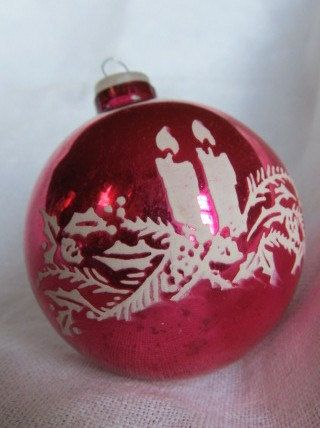 Stenciled Christmas Ornament. I could add our name's and wedding date for a favor!