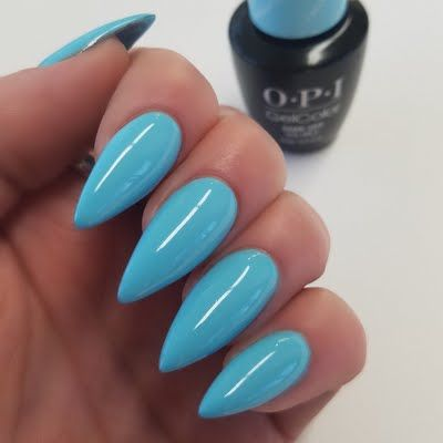 Melissa P shows off this fabulously fun, solid manicure using her #OPI Breakfast at Tiffany's Infinite Shine Nail Lacquer in I Believe in Manicures. She received this salon-only collection free of charge for being a Preen.Me VIP. Click through to see it up close.