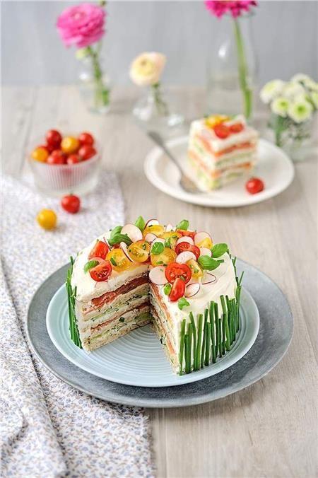 Καλοκαιρινή αλμυρή τούρτα με ψωμί του τοστ!