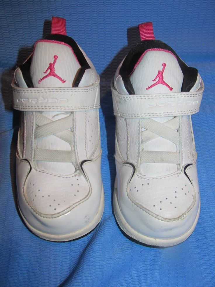 Girls PINK Nike Jordan Flight 45 Basketball Shoe - Size 8c (364759-111)