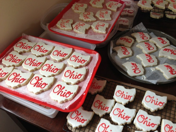 """Ohio script sugar cookies by ButteryBee on Etsy, $20.00  I'm always looking for an """"Ohio"""" gift for out of state friends!"""