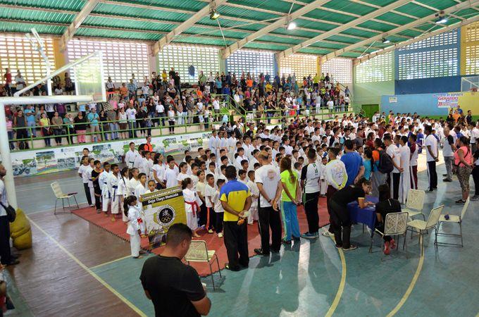 """Guacara fue sede del Campeonato Invitacional de Kárate-Do Copa """"Dojo La Chinita"""" #Deportes #Ultimas_Noticias"""