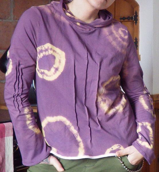 Hoodies - Handmade Punk/Metal/ Elfen Zipfelmützen Shirt - ein Designerstück von Die-Revoluzzerin bei DaWanda