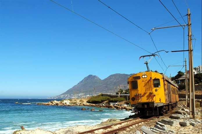 The train from Simonstown to Cape Town