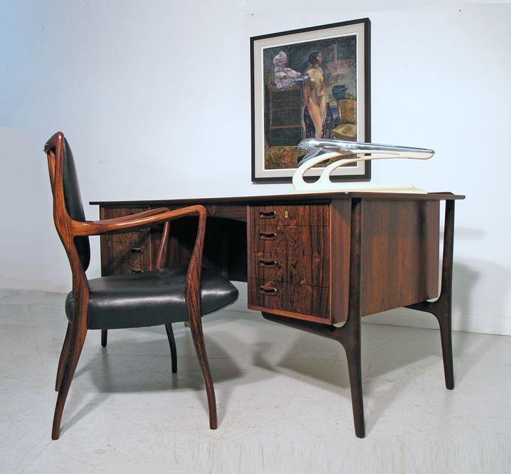 Svend Madsen rosewood desk for H. P. Hansen, Denmark 1960s