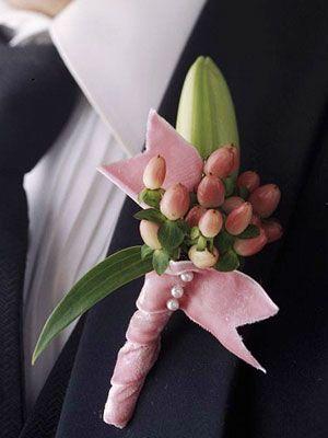 Pink boutonniere Keywords: #boutonnieres #jevelweddingplanning Follow Us: www.jevelweddingplanning.com www.facebook.com/jevelweddingplanning/