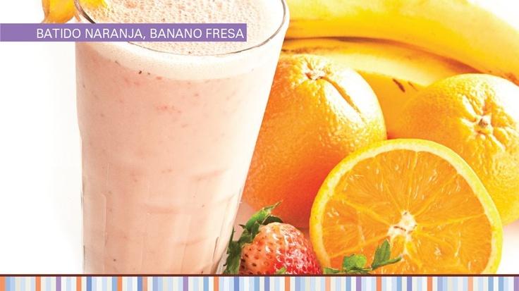 Batido de naranja, banano y fresa
