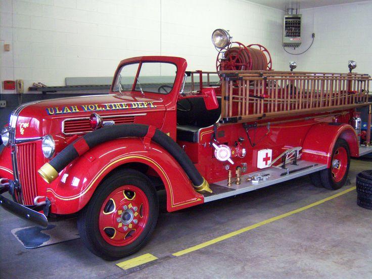 Old Fire Trucks   Old fire Truck - Fire Engineering Training Community