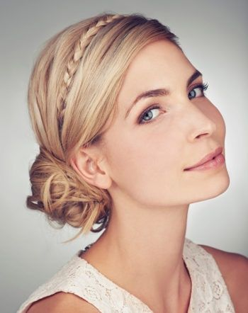 Romantic updos on the side #frisuren … – #Hairstyles #Hochsteckfrisuren #romantic # laterally