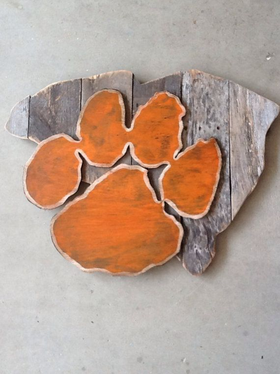Clemson Tigers sign, it measures 30in wide and 28in tall. I can do any custom orders just message me!