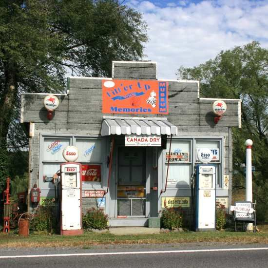 Best 25+ Old Gas Stations Ideas On Pinterest