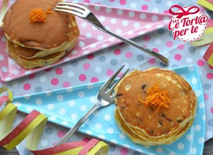 Pancakes ricotta, #cioccolato e arancia: tutto il buono del #Carnevale.  Scopri la ricetta...