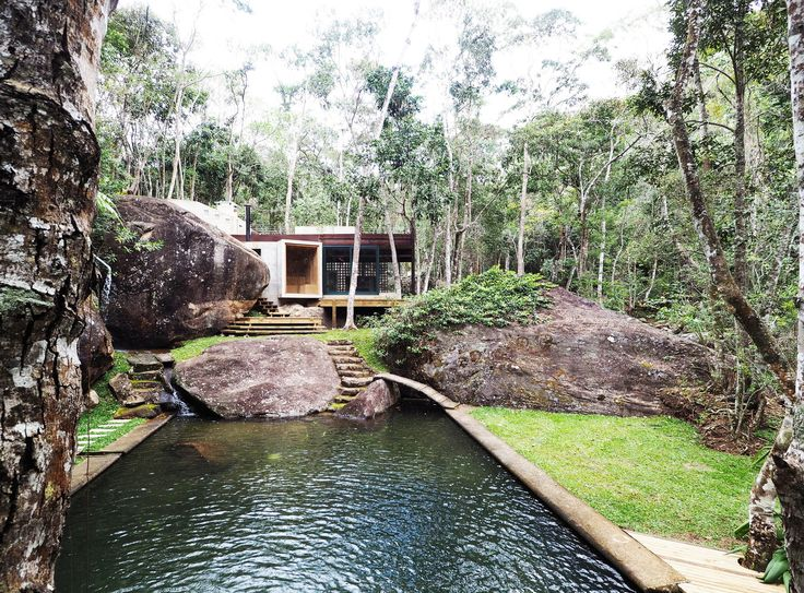 Gallery of Natural Pool Support Pavilion / Gaudenzi Arquitetura - 1
