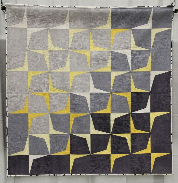 QuiltCon Virtual Quilt Show: Use of Negative Space || The Undercover Crafter