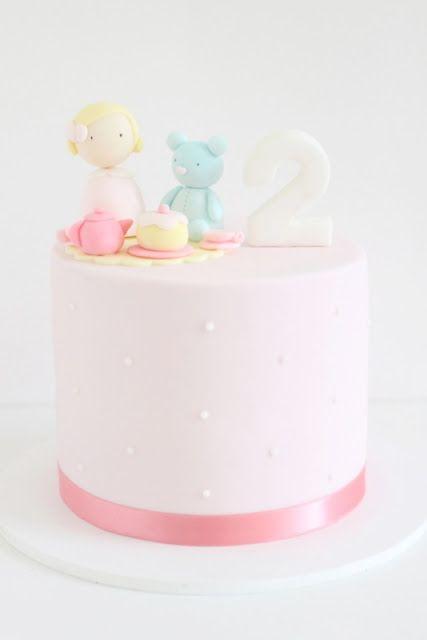 hello naomi - kid's birthday - sienna's tea party - birthday cake