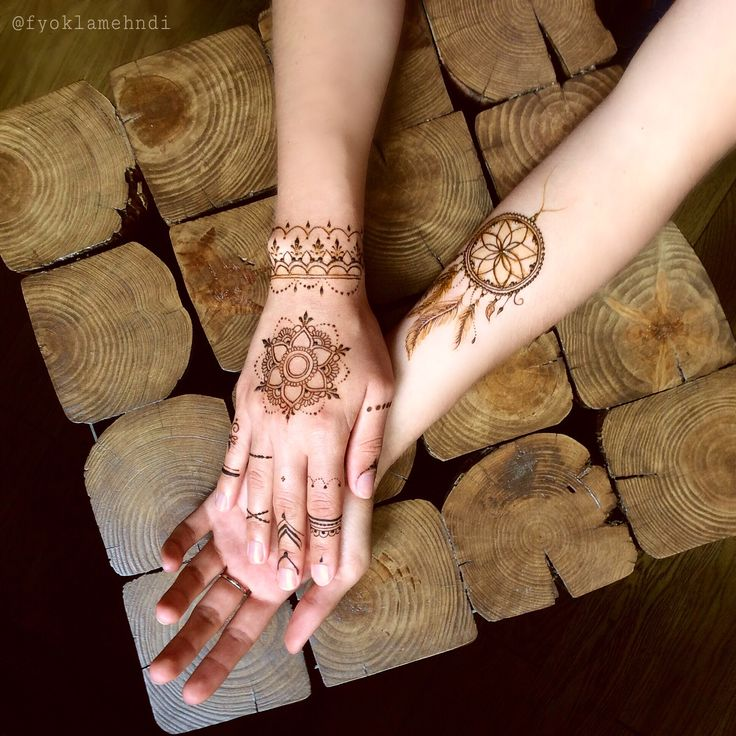 Mandala dream catcher dreamcatcher mehndi mehendi mehandi henna bracelet tattoo design