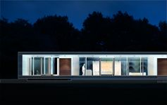 Kontrast zum Stadtleben - Haus am Scharmützelsee von Doris Schäffler | Architecture bei Stylepark