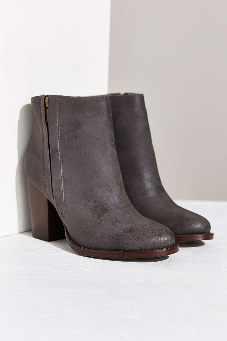 1000 ideas about vegan shoes on vegetarian
