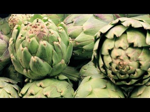 Become an expert at selecting, preparing, and savoring the artichoke. | Artichokes are exceptionally high in insoluble fiber, antioxidants, and Vitamin C. Perfect for detoxing!