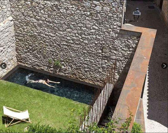 Las 25 mejores ideas sobre piscinas para patios peque os for Ladrillos para piletas