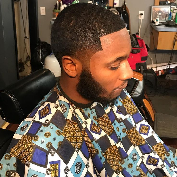 Clean and consistent Im so persistent  perfect I'm cuttingtosurvive New hrs Tuesday-Friday 10am-8pm Saturday-Sunday 8am-6pm check me out the link is in my bio (#brandambassador )(#jahleedabarbersp)(#cuttingtosurvive)(#southphillybarber)(#barbersinctv)(#phillbarber)(#barbermoney )(#barber )(#martinonbet )(#selfmade ) (#barbermoney ) (#godbody )(#barberlife)(#philly )(#eaglesnation )(#menshealth)(#jayz )(#godisgood)(#alfamale )(#bronner_bros )(#nbahaircuts )(#beardgang )(#mensfashion…